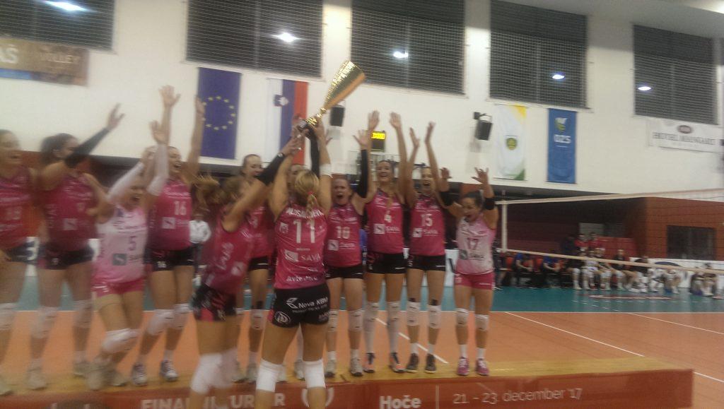 Odbojkarice Nove KBM Branik so ponovno pokalne prvakinje
